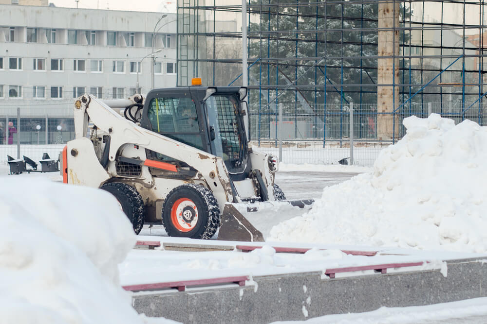 Take the Time to Find a Snow Removal Service During the Off-Time